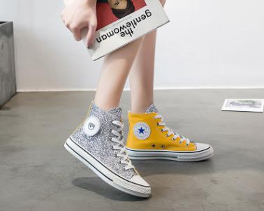 普及下淘宝微信上卖的品牌运动鞋在哪拿的货源