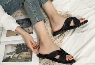 广州女鞋批发市场 海量品牌女鞋厂家一件代发