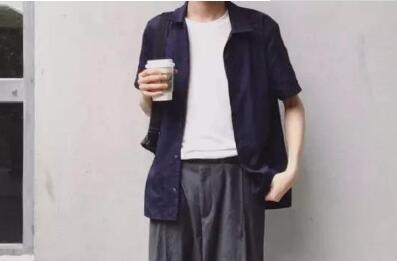 日系潮牌工厂直销服装批发,一手货源,薄利多销