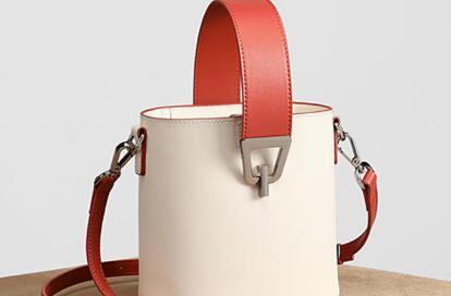 海外原单包包批发,工厂一手货源,时尚新款,专柜质量