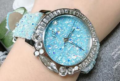 国际轻奢手表批发厂家直销,各种大牌手表货源,时尚新款