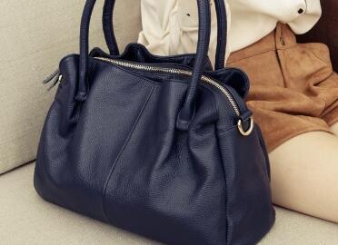 海外一线品牌包包货源,最新女款包包批发,超低价进货