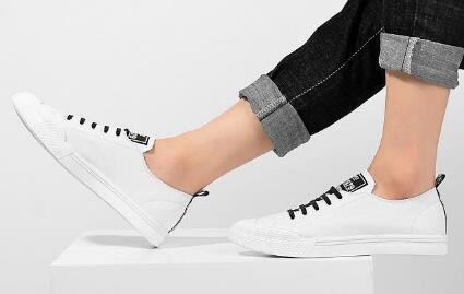 潮鞋批发,莆田高档运动鞋出厂价格,一手货源,一件批发