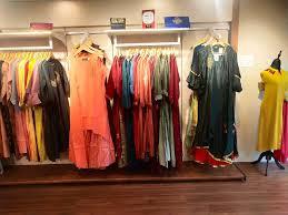 广州最低价女装批发厂家直销-女装货源