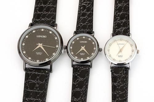 品牌手表微商一手货源微信号,免收代理费,转图既卖