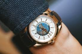 厂家手表货源免费代理,支持货到付款,价格实惠