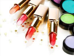 说一说高端1比1化妆品微商货源在哪找?支持实体零售批发
