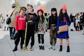 做微商想卖韩国服装怎么进货?原厂货源,支持零售
