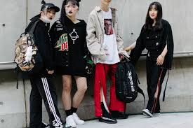 广州哪里有潮牌男装实体店,一比一潮牌衣服一件代发