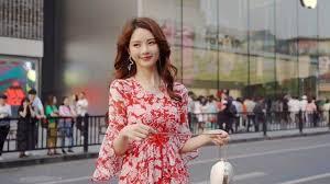 广州潮牌厂家女装一手货源,欢迎网红抖音、快手代理合作