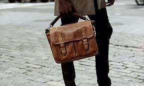 给大家说一说微商代理包包一手货源-厂家直销