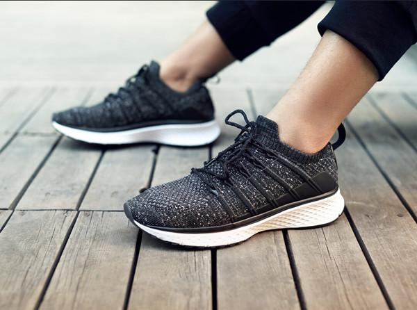 品牌鞋子在哪里拿货?网红爆款运动鞋批发