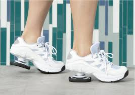 品牌运动鞋尾货批发货源在哪里?什么地方有