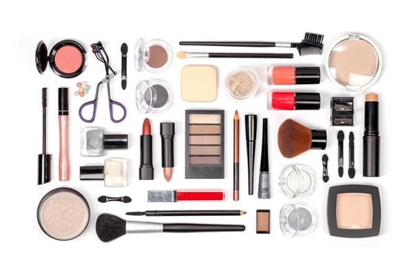 化妆品货源在哪找?网上代理,一件代发