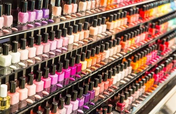 口红化妆品货源从哪里进货?华强北本地厂家直销