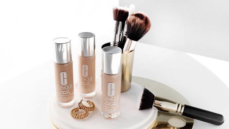明通化妆品批发市场档口货源,支持微商一件代发