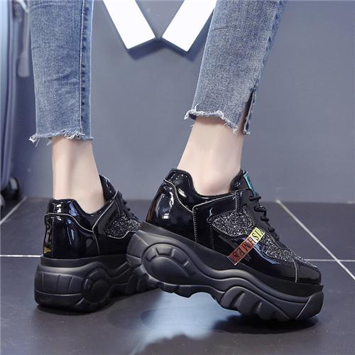 微商买鞋货到付款靠谱吗?运动鞋工厂货源 一件代发