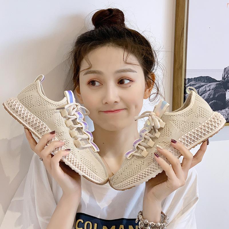 轻奢专柜复刻运动鞋批发厂家直销,出厂价拿货
