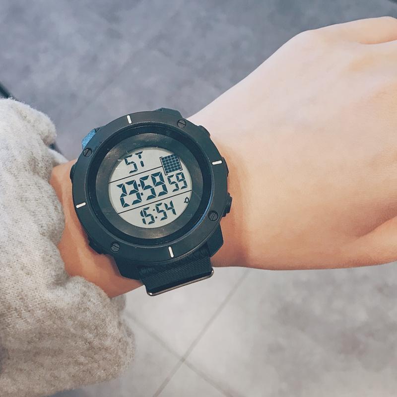 各种复刻手表批发 顶级品质 手表网店代销