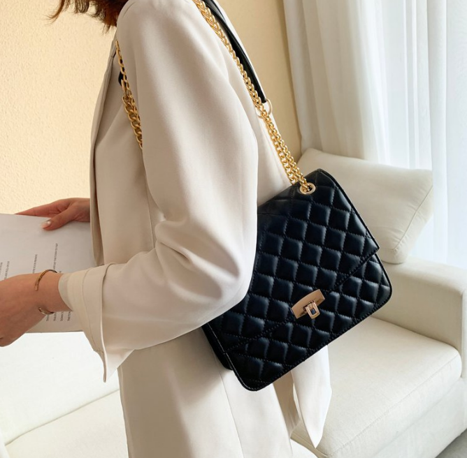 顶尖大牌奢侈品包包专柜批发、一手货源、一件起代发