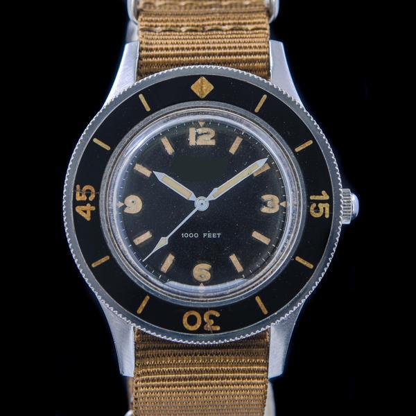 透露一下卡地亚V6厂蓝气球一比,一复刻手表一般多少钱