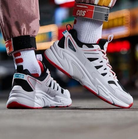 广州高端运动鞋一件代发,主打批发出货,可退换