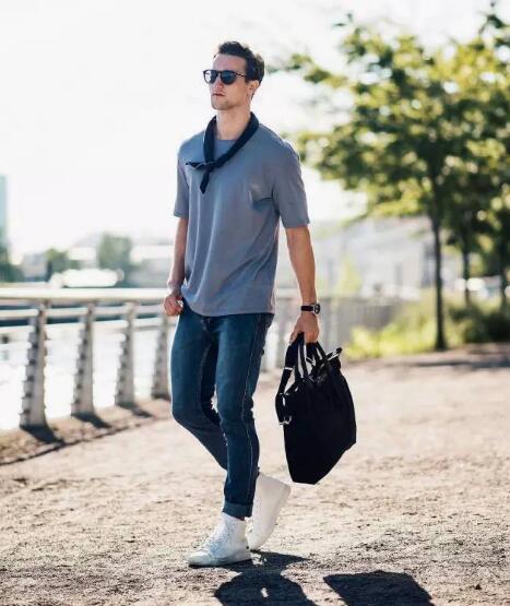 潮款古奇 G家原单奢侈品服装货源,一件代发