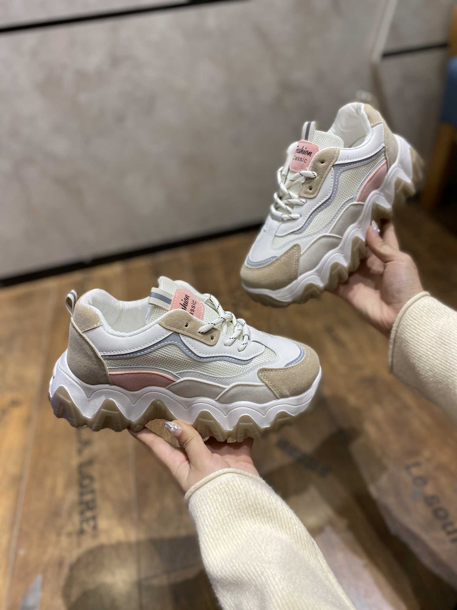莆田潮牌运动鞋服货源,主营批发+零售,专柜质量