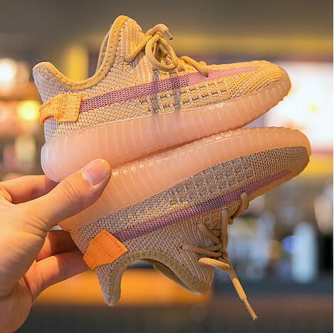 阿迪、耐克儿童运动鞋厂家直销一手货源,质量安全有保证