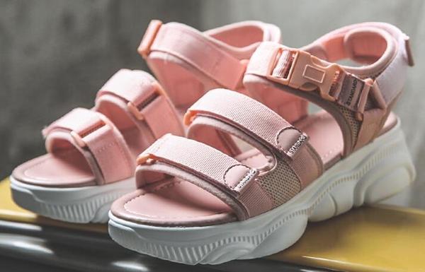 网红女鞋批发厂家直销批发,精品货源,穿着倍显舒适