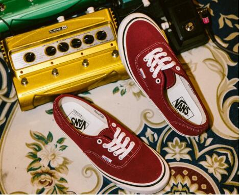 纯原工厂地摊鞋子三到五元批发市场,低价出货,鞋子批发