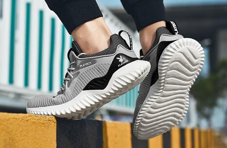 给大家说一说莆田运动鞋批发厂家拿货质量怎么样