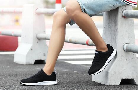 给大家透露下奢侈品男士鞋子批发在哪里?哪里便宜