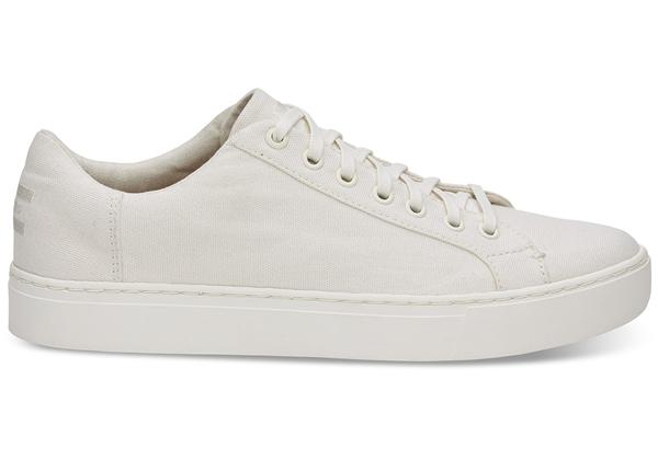 最新男款潮鞋货源在哪里-工厂鞋子批发