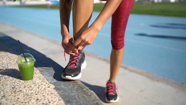 微信品牌运动鞋终端工厂货源-门槛低一件代发