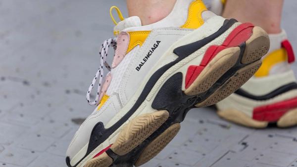 莆田鞋厂一件代发-正品打版运动鞋货源出厂价供应