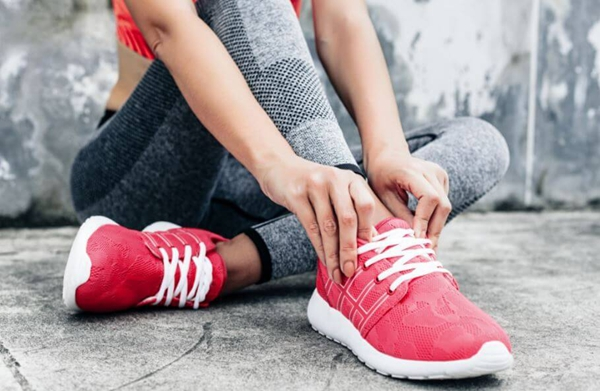 世界顶级高端女鞋工厂批发货源-欢迎批量订购