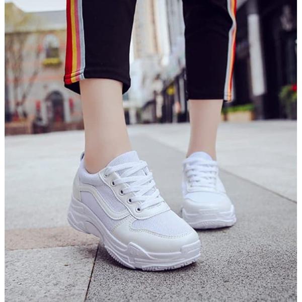 东莞潮牌运动鞋代理无需费用,一手货源,自由兼职