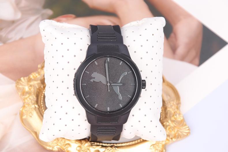 好了,手表款式就分享到这里了,如果你想代销或者批发手表,欢迎查看上端优质货源。