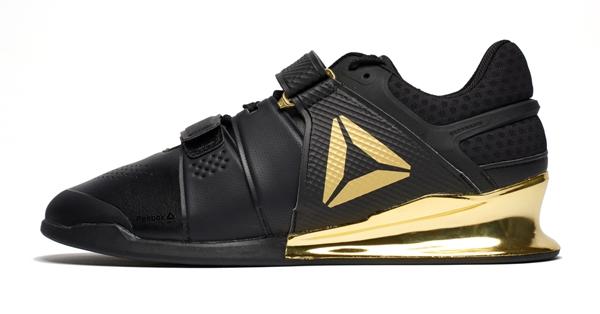 各大品牌运动鞋批发,打版,一件代发,火热招商