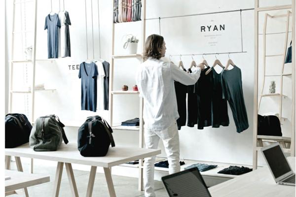 潮牌衣服厂家直发,档口货源,加微信免费代理