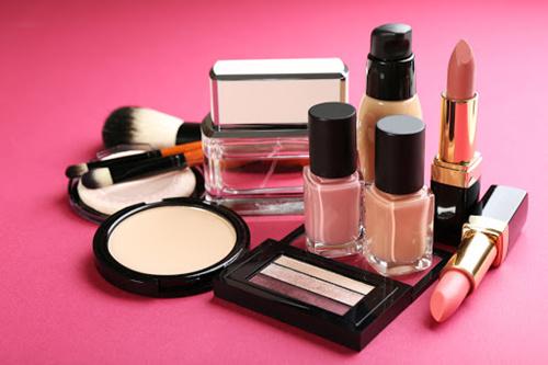 国际化妆品货源批发网站,支持兼职+零售业务