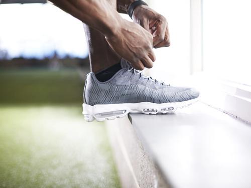揭秘复刻大牌运动鞋进货渠道,主打批发+零售