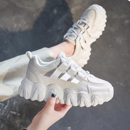 透露一下品牌复刻运动鞋批发货源在哪里找