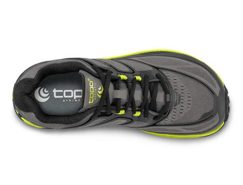 普及一下定制版运动鞋出厂批发价多少?