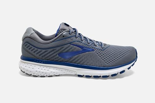 给大家分享潮牌运动鞋新手怎么批发拿货的?