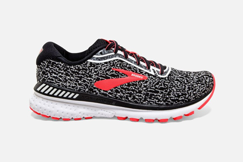 最新纯原运动鞋价格多少?工厂批发出售最低价