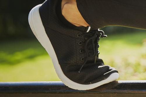 鞋子厂家批发 厂家一手供货 价格实惠