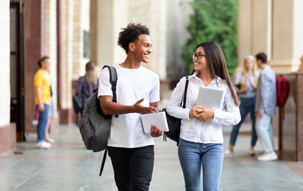 在校大学生怎么赚钱最靠谱?做什么工作好