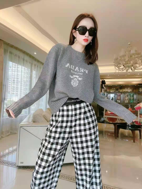 深圳小众品牌女装批发厂家一件代发,支持网上开店,包指导